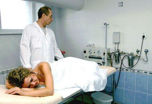 процедура по очистке кишечника