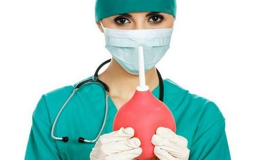 чистка кишечника клизмой