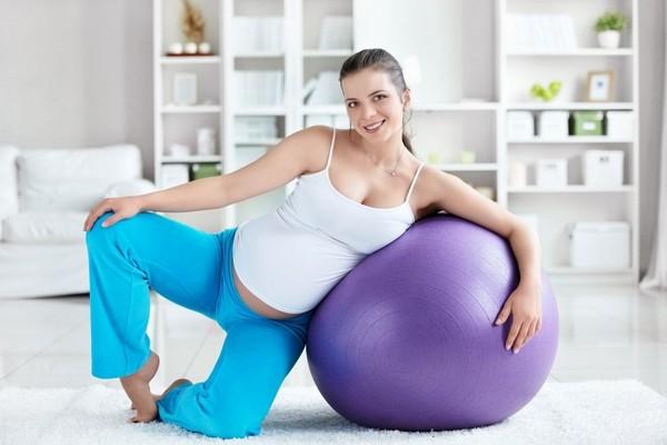 упражнения на фитболе при беременности