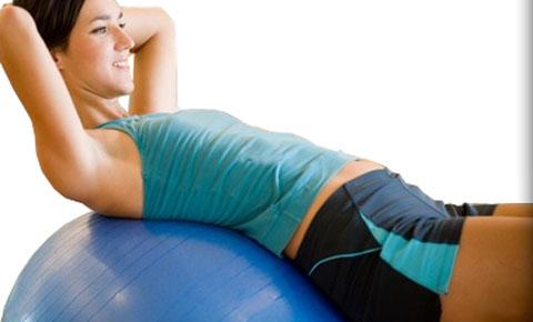 физические упражнения на фитболе